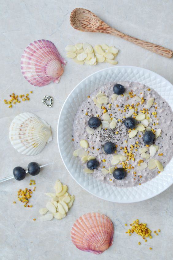 Acai Bircher Muesli recipe by Healthy Jon. #healthy #breakfast #recipe #berry #oats #oatmeal #muesli #chia #seeds