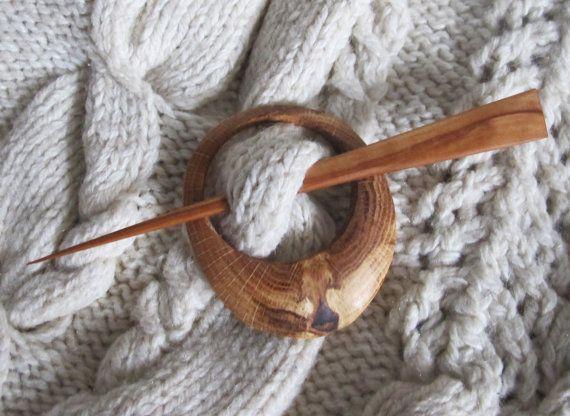 Rustic Wood Shawl Pin Oak Wood Scarf Pin Wooden Shawl от Vishemir