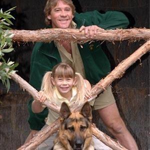 Steve Irwin daughter   Bindi Irwin PHOTOS, Crocodile Hunter Steve Irwin's Daughter All Grown ...
