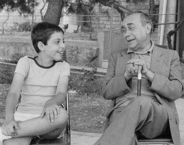"""""""Sai cos'è la nostra vita? La tua e la mia? Un sogno fatto in Sicilia. Forse stiamo ancora lì e stiamo sognando."""" Leonardo Sciascia"""
