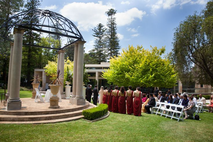 Wedding outside Curzon Hall in Sydney.  #indianwedding #wedding #sydney #weddingphotography #curzonhall