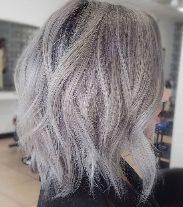 Cool Ash Blonde Balayage Shades Silver Shoulder Length Straight Beige Sandy Icy Hair Styles Silver Blonde Hair Grey Blonde Hair