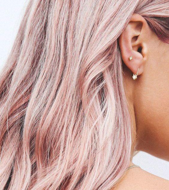 Pink Champagne Hair : la nouvelle coloration qui fera fureur cet été