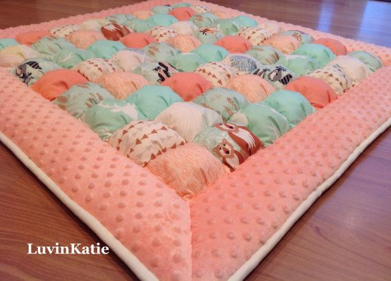 HELLO BEAR Bubble Quilt Puff Quilt Biscuit Quilt by LuvinKatie