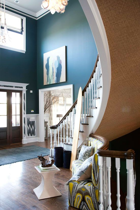 Bright Foyer Colors : Bold color and bright patterns both incorporate into the