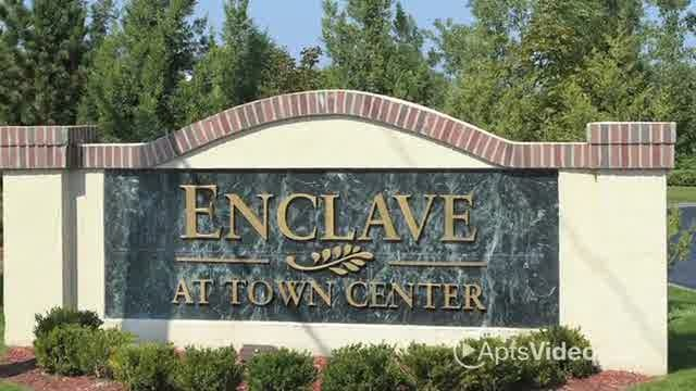 Enclave at Town Center Apartments For Rent in Overland Park, Kansas - Apartment Rental and Community Details - ForRent.com