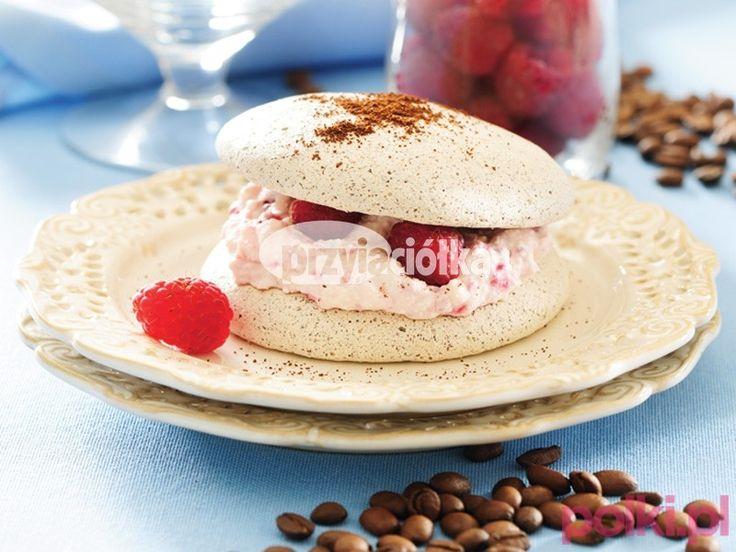 Ciasteczka bezowe z kremem malinowym