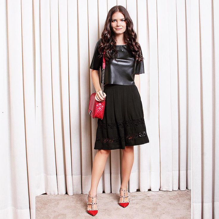 Outfit, midi skirt, leather top, red chanel boy bag, red Valentino shoes.