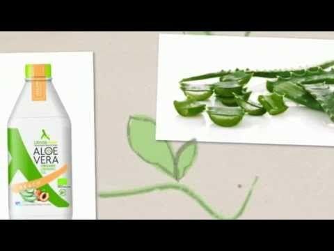 Αλόη Βέρα είναι επίσης πολύ αποτελεσματική στη θεραπεία της ακμής, μπορεί να χρησιμοποιηθεί ως φυσικό ακμή θεραπεία προϊόν δεδομένου ότι μειώνει την ακμή πολλά, πολλά προϊόντα κυρίως χρησιμοποιούν Αλόη Βέρα ως ένα φυσικό βότανο. Ελέγξτε τον σύνδεσμο εδώ http://www.aloevera24.gr/ για περισσότερες πληροφορίες σχετικά με αλόη.