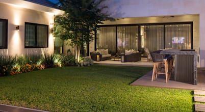 Busca imágenes de diseños de Jardines estilo moderno: JARDÍN. Encuentra las mejores fotos para inspirarte y y crear el hogar de tus sueños.