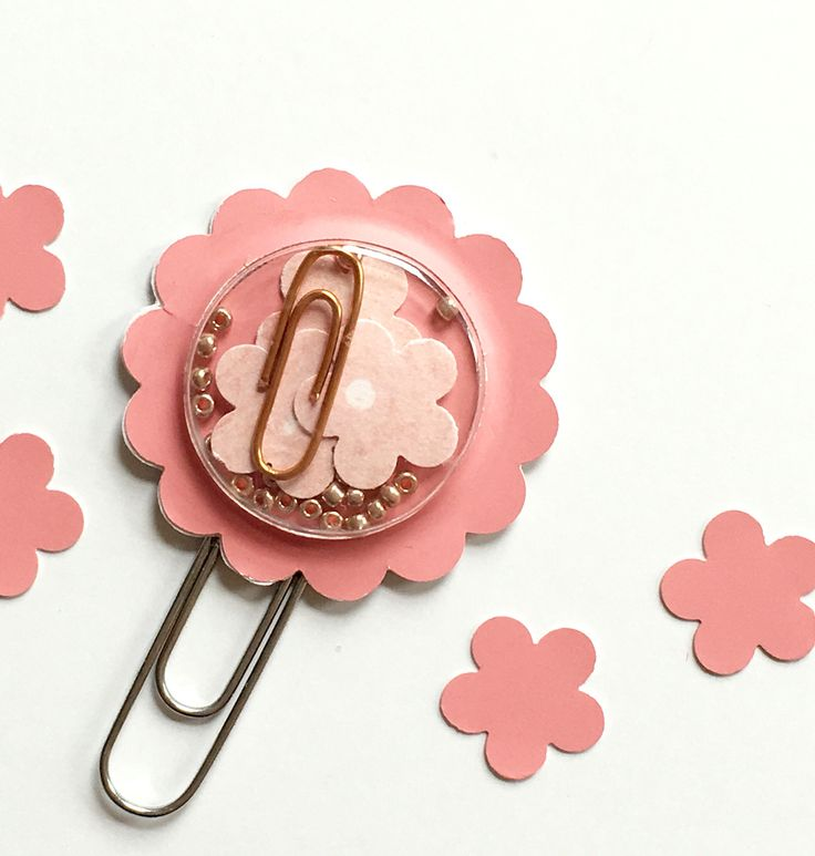 A shaker paper clip for journals, planners or just plain fun by Jackie Benedict
