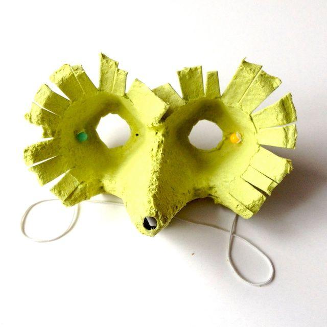 Vogelmaske, Eierkarton, Upcycling, schaeresteipapier