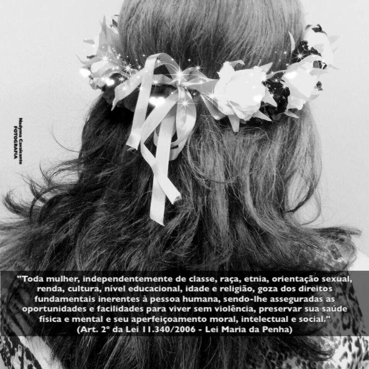 """""""Toda mulher, independentemente de classe, raça, etnia, orientação sexual, renda, cultura, nível educacional, idade e religião, goza dos direitos fundamentais inerentes à pessoa humana, sendo-lhe asseguradas as oportunidades e facilidades para viver sem violência, preservar sua saúde física e mental e seu aperfeiçoamento moral, intelectual e social."""" (Art. 2º da Lei 11.340/2006 - Lei Maria da Penha)"""