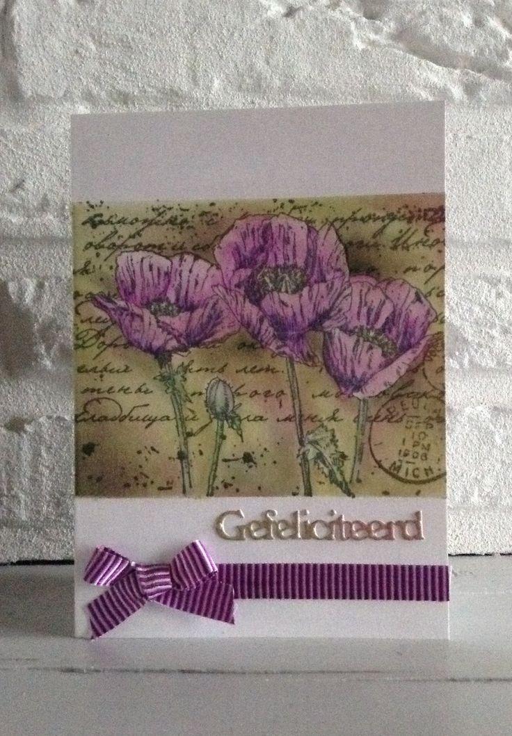 CB.Stempel Joy-achtergrond Pan Pastels-bloemen ingekleurd met Derwent Coloursoft kleurpotloden-Gefeliciteerd v Crealies