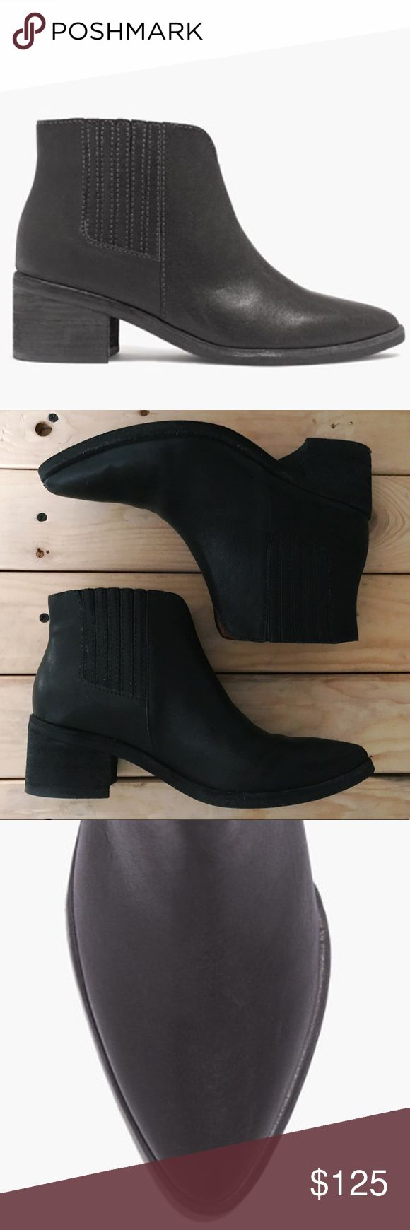 "Madewell Joni Boot / Size 7.5 •Black Chelsea boot with a slight Western vibe  •Leather upper and lining  •Low stacked heel (2"") •Shaft height: 3 7/10""  •Shaft circumference: 9 2/5"" •Man-made sole •Worn only 5 times; one small scratch on the right toe (see picture 4) •No box Madewell Shoes Ankle Boots & Booties"