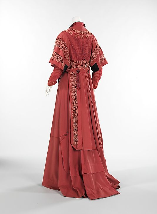 Rose wool and silk ensemble (back, with jacket), by James McCreery & Company, American (New York City), ca. 1907.