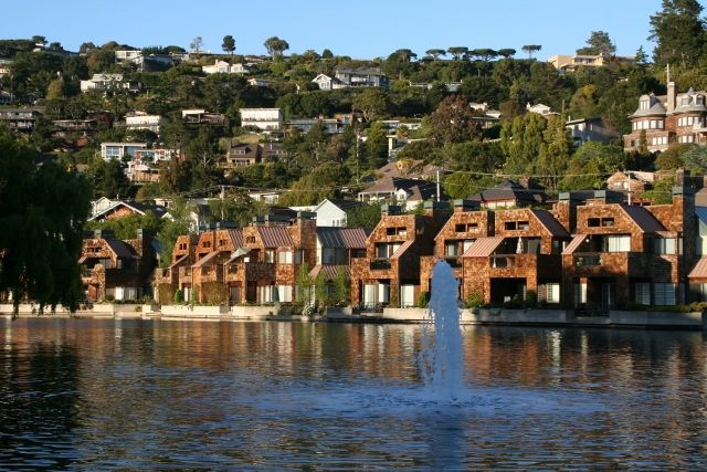 Search Marin County condominiums and town homes by City. Pictured here: Luxury Condominiums in Tiburon, CA - www.YourPieceofMarin.com - #marinrealestate #marincounty