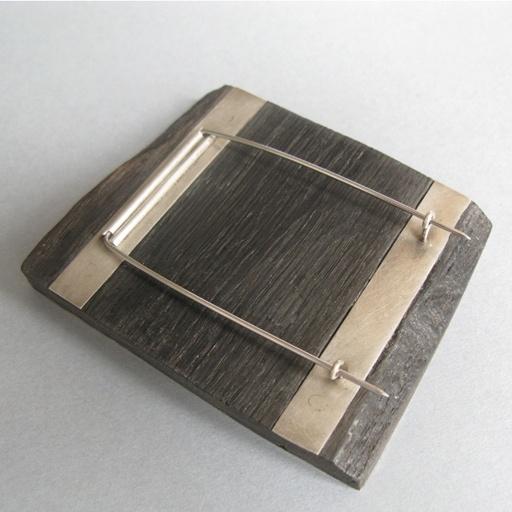 Cup stain brooch - Antonella Giomarelli                                                                                                                                                                                 More
