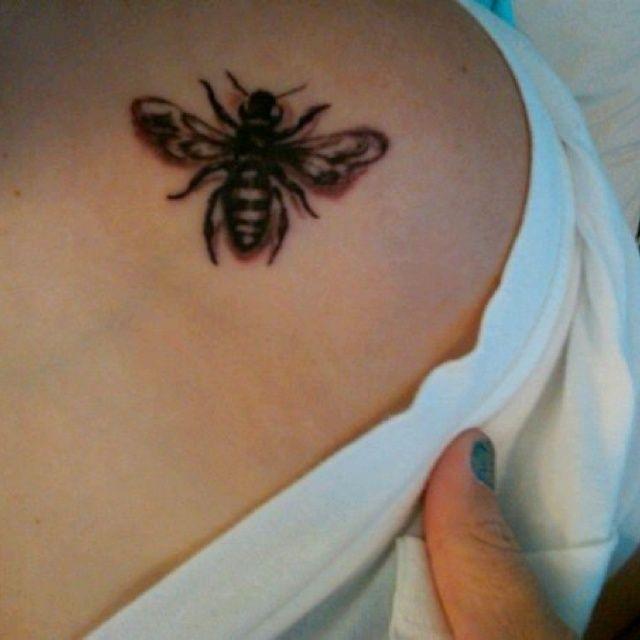 20 Best Honey Bee Tattoo Images On Pinterest