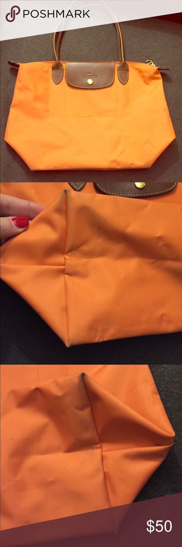 Flash sale!! Longchamp orange medium sized bag Minor wear- please see all pictures. Longchamp Bags