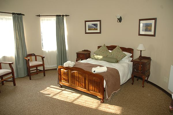 Country Style guesthouse, perfect accommodation for traveling business people - Including breakfast.