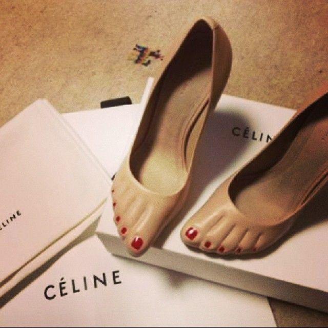hmmm...saw a photo of Princess Caroline wearing these!