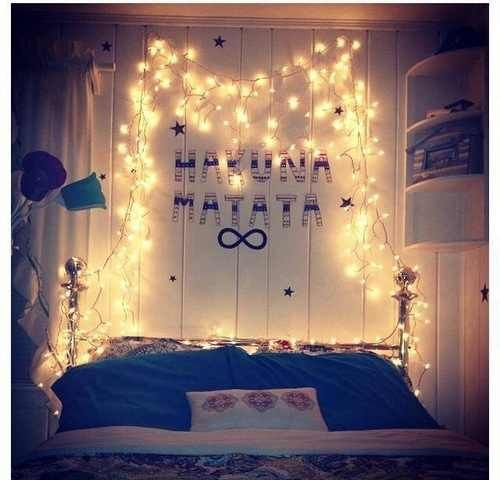 Tumblr rooms with christmas lights bedrooms for Room decor with fairy lights