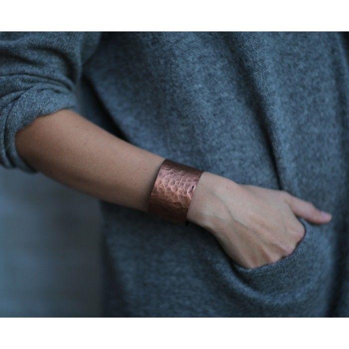 Armband av återvunnet koppar
