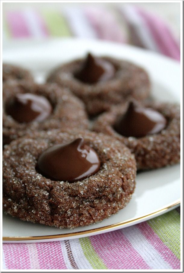 Sparkling Cocoa Mint Truffle Kiss Cookies | DoughMessTic.com