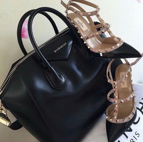 Valentino Rockstuds heels http://www.justtrendygirls.com/valentino-rockstuds-heels/