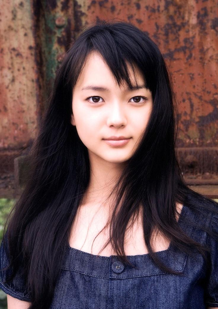 Actress Mikako Tabe