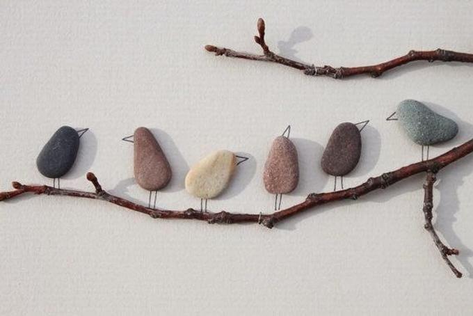 Sehe dir das Foto von Kunstfan mit dem Titel Süßes Vogelbild aus Steinen basteln, tolle Idee und andere inspirierende Bilder auf Spaaz.de an.