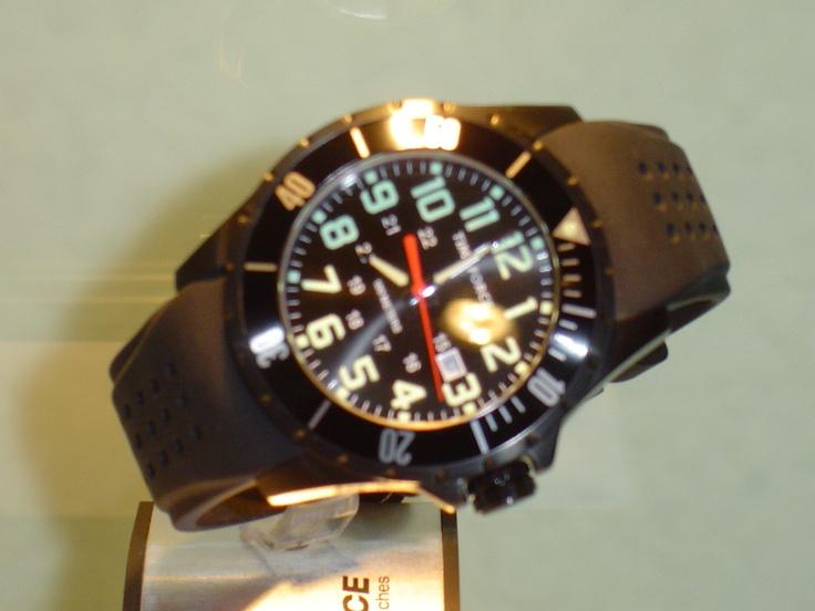 Time force,numeros luminiscentes,chrono,100 metros. PVP 110 € (antes 139 €)