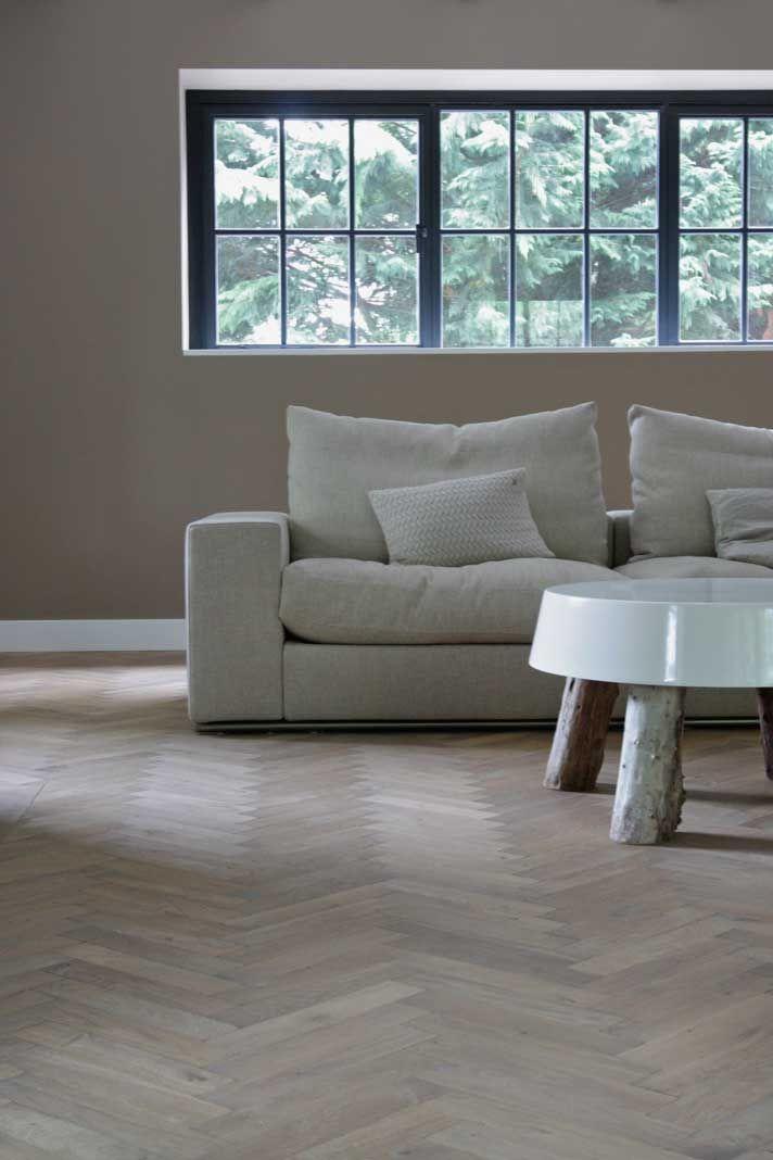 17 beste idee n over woonkamervloer op pinterest houten vloeren muurverf kleuren en grijze muren - Imitatie cement tegels ...
