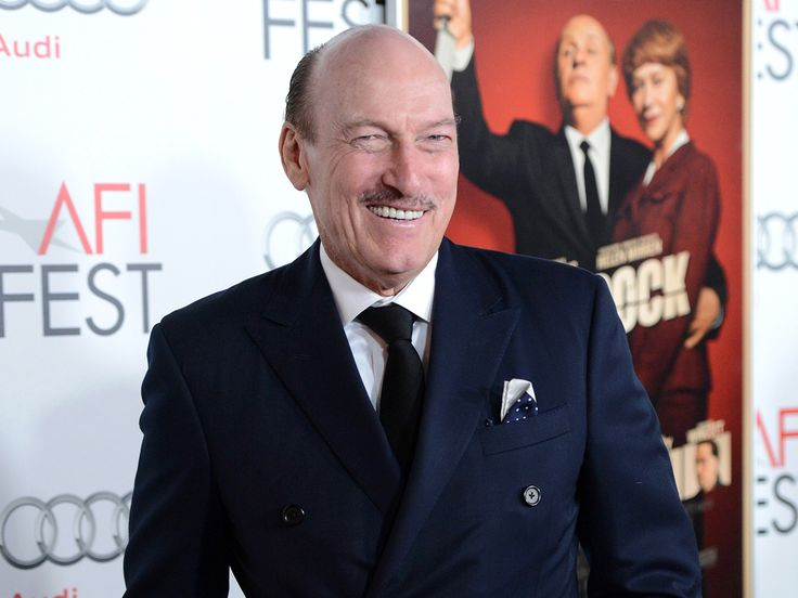 Ed Lauter, prolific film and TV actor, dies at 74  years old - (b - 10/30/1938  - d - 10/16/1938)  He was born in Long Island, NY.