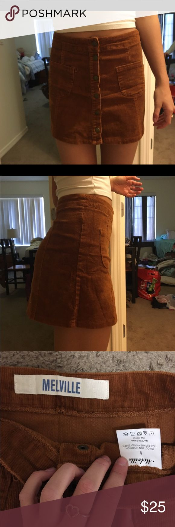 BRANDY MELVILLE SKIRT Super cute Brandy skirt! I love it but unfortunately only worn it once last year, I just grew too tall for it. Brandy Melville Skirts Mini