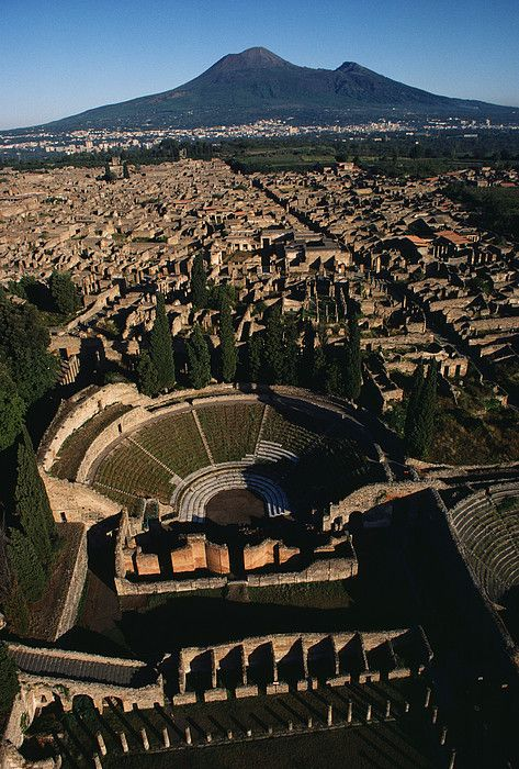 Pompeya, Italia.                                                                                                                                                      Más