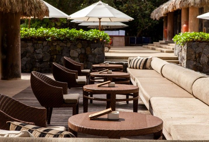 Mr & Mrs Smith - Beach Club Bar seating area