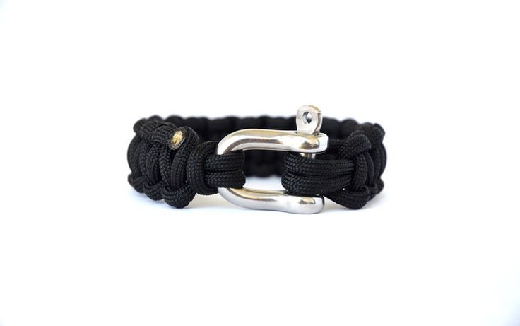 Black // Paracord Survival Bracelet | Features:   - USA Made Military-Grade MIL-C-5040 Paracord  - EUR High-Grade 316L Stainless Steel Shackle with a working load of 1056 lbs (480 kgs)  - Minimum Tensile Strength of 550 lbs (249 kg)   The colour of sophistication, power and control exudes the sense of discipline and independence. A great piece for any formal occasion, as well as, an everyday work accessory as it emanates elegance, success and confidence.    #Paracord #FunctioningWithStyle