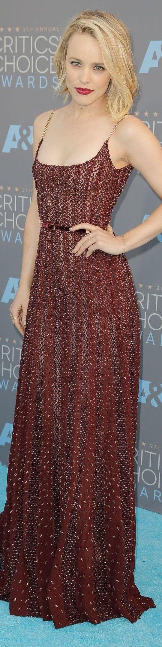 Rachel McAdams veste Elie Saab - Critics Choice Awards 2016