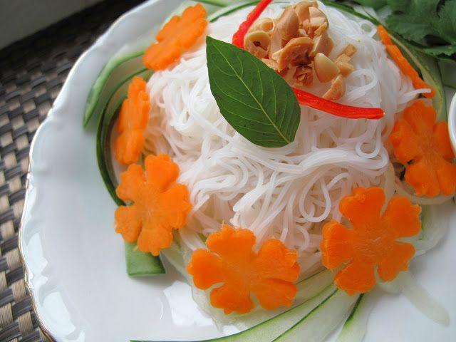 ... ! Vegan Bún Chay (Vietnamese Noodle Salad) with Tofu Cheese Balls