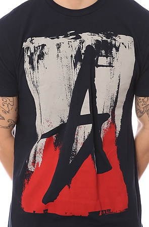 The Smeared Tee in Navy & Red
