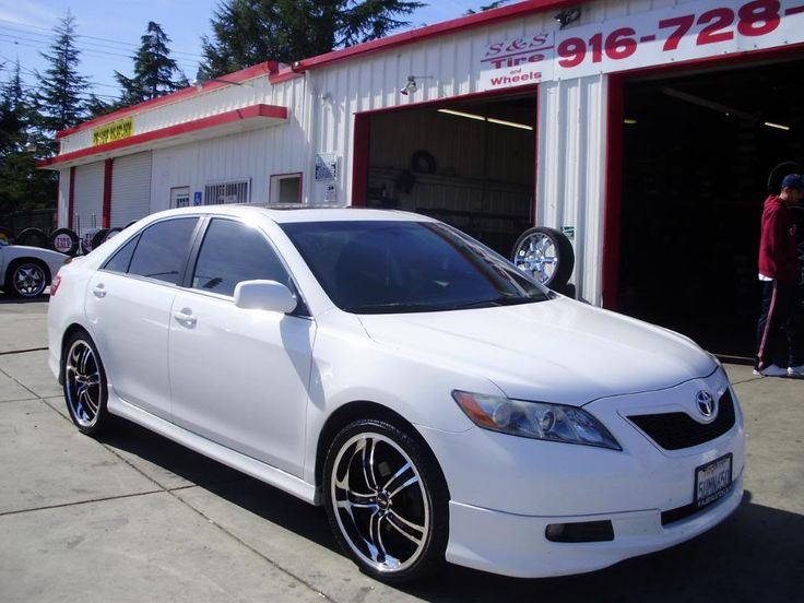 Toyota Camry with 20 Inch Rims Find the Classic Rims of Your Dreams - www.allcarwheels.com