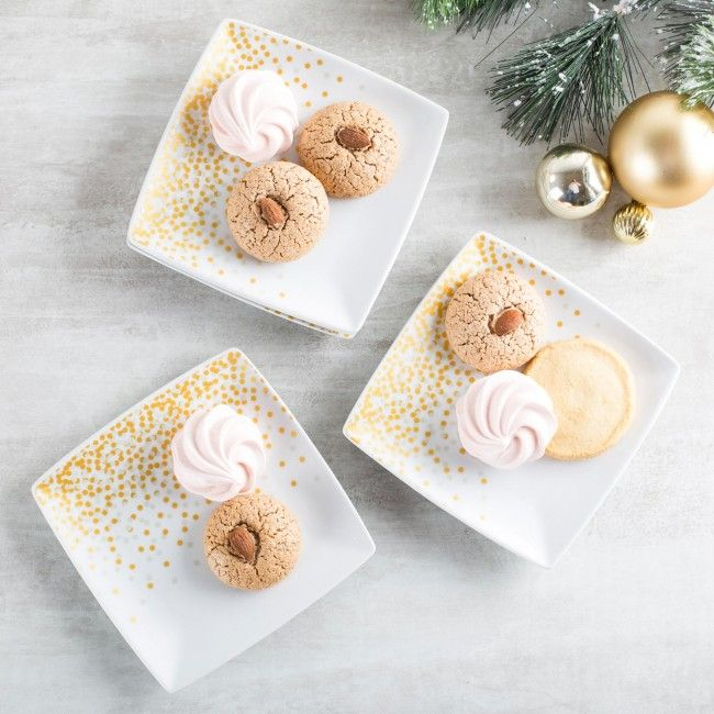 Wow your guests this season with these Confetti Porcelain Appetizer Plates.