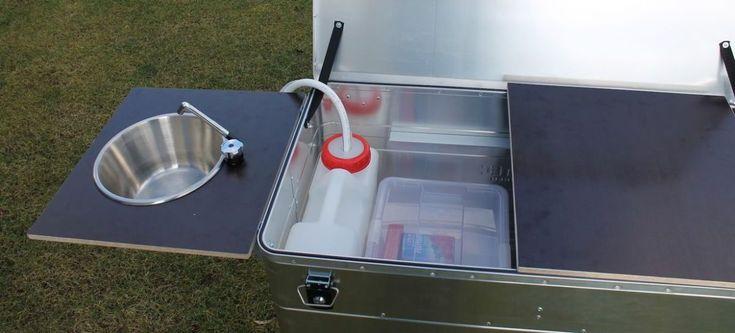 Eine Mobile Kuche In Der Alukiste Mobile Kuche Kuche Aluminium Box
