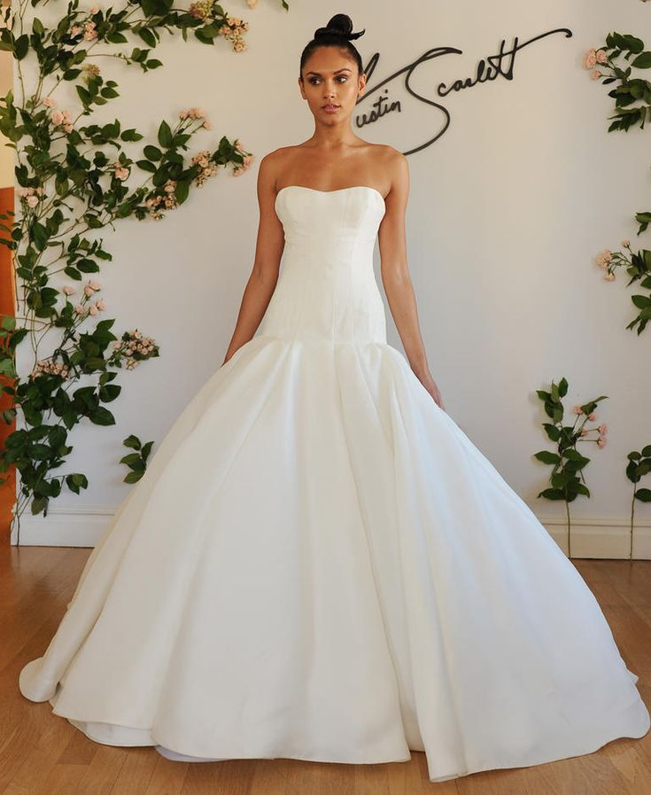 Austin Scarlett Fall 2016 strapless dropped waist ball gown wedding dress | https://www.theknot.com/content/austin-scarlett-wedding-dresses-bridal-fashion-week-fall-2016