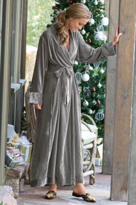 Silk Velvet Robe I - Set-in Back Waistband, Tonal Silk Piping, Shawl Collar, On-seam Pockets | Soft Surroundings