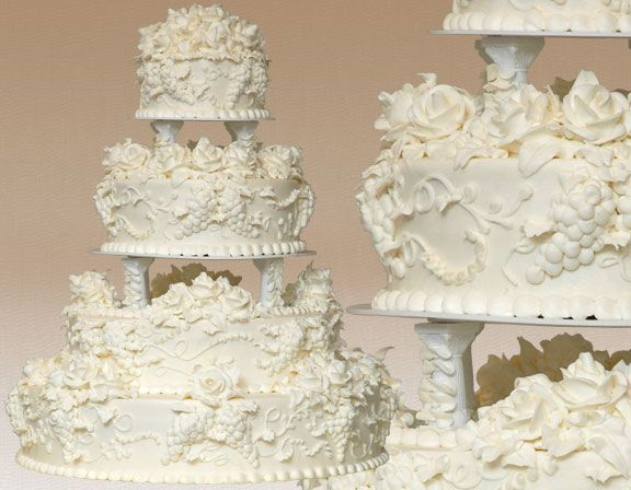 163 best Fan Pins images on Pinterest Traditional wedding cakes
