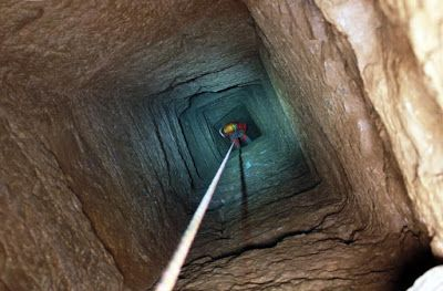 An exceptional discovery at Thorikos, Greece. At the foot of the Mycenaean Acropolis of Thorikos, dominating the harbor of Lavrio in Greece, a French team of mining archaeologists have found a 5 Km  elaborate complex of subteraneum tunnels dug into the marble.