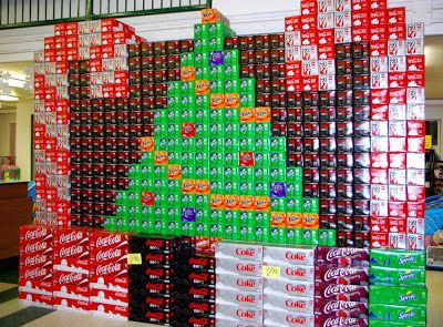 McLEODu0027S PALOUSE MARKET: Christmas Trees, Candy Canes, 12 Packs Of Soda.